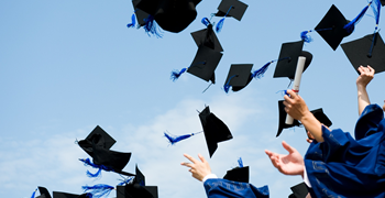 7 THINGS EVERY FRESH GRADUATE SHOULD KEEP IN MIND